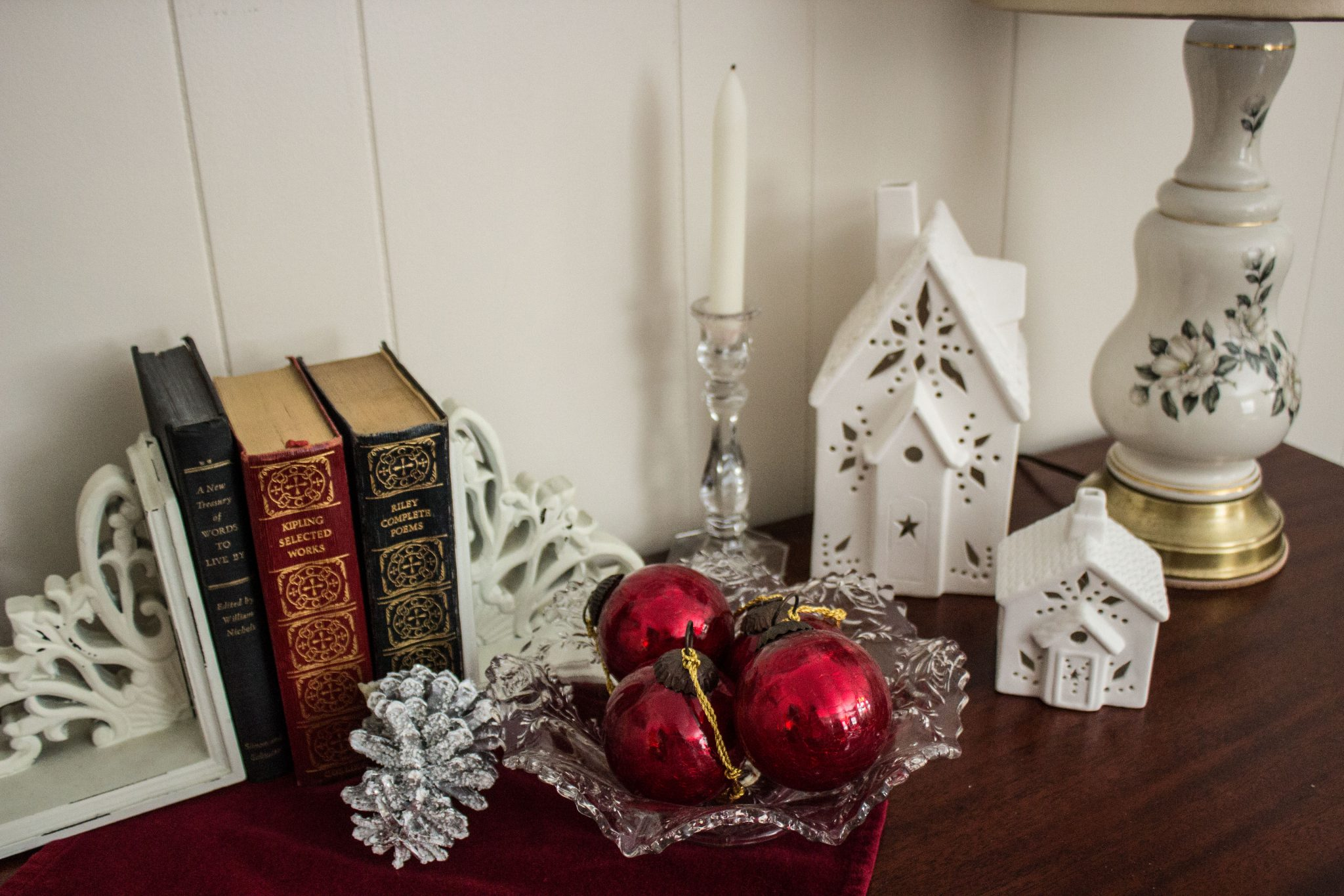 Read more about the article Our first Christmas in our new home  (Home Tour)