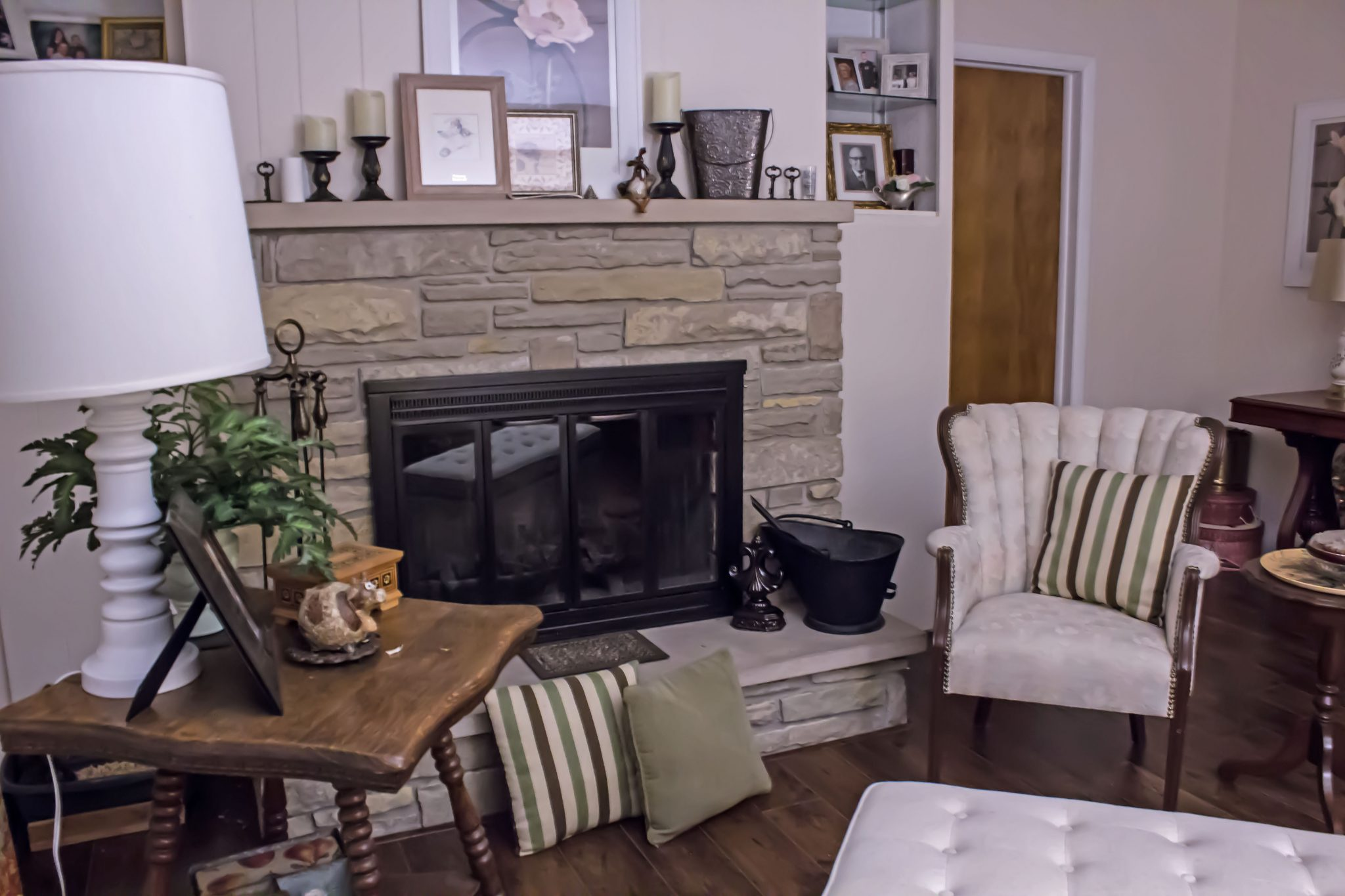 Read more about the article See how I updated our fireplace