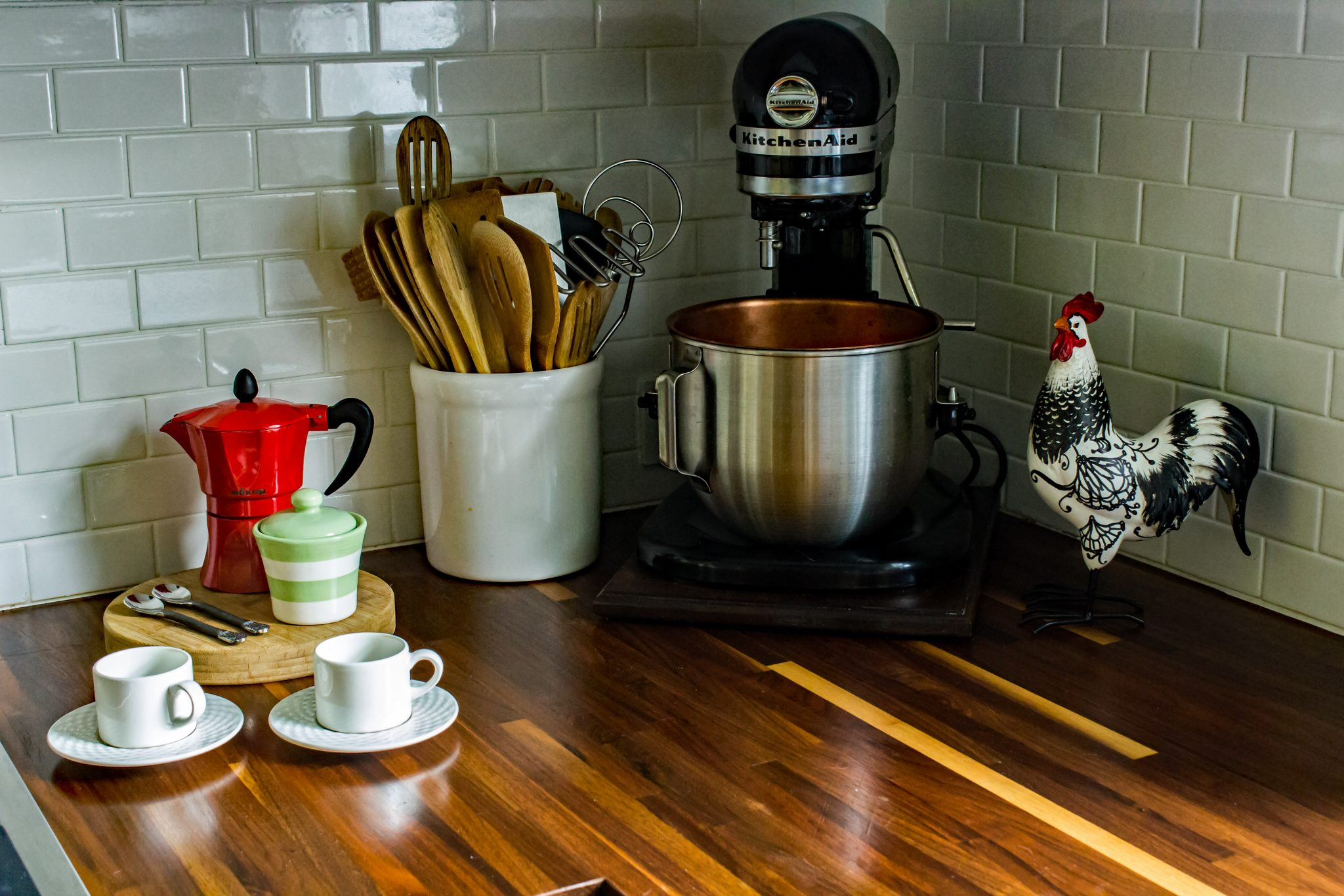 Read more about the article Solution for sliding your heavy Kitchenaid mixer